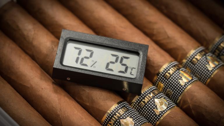 Cigar maintenance