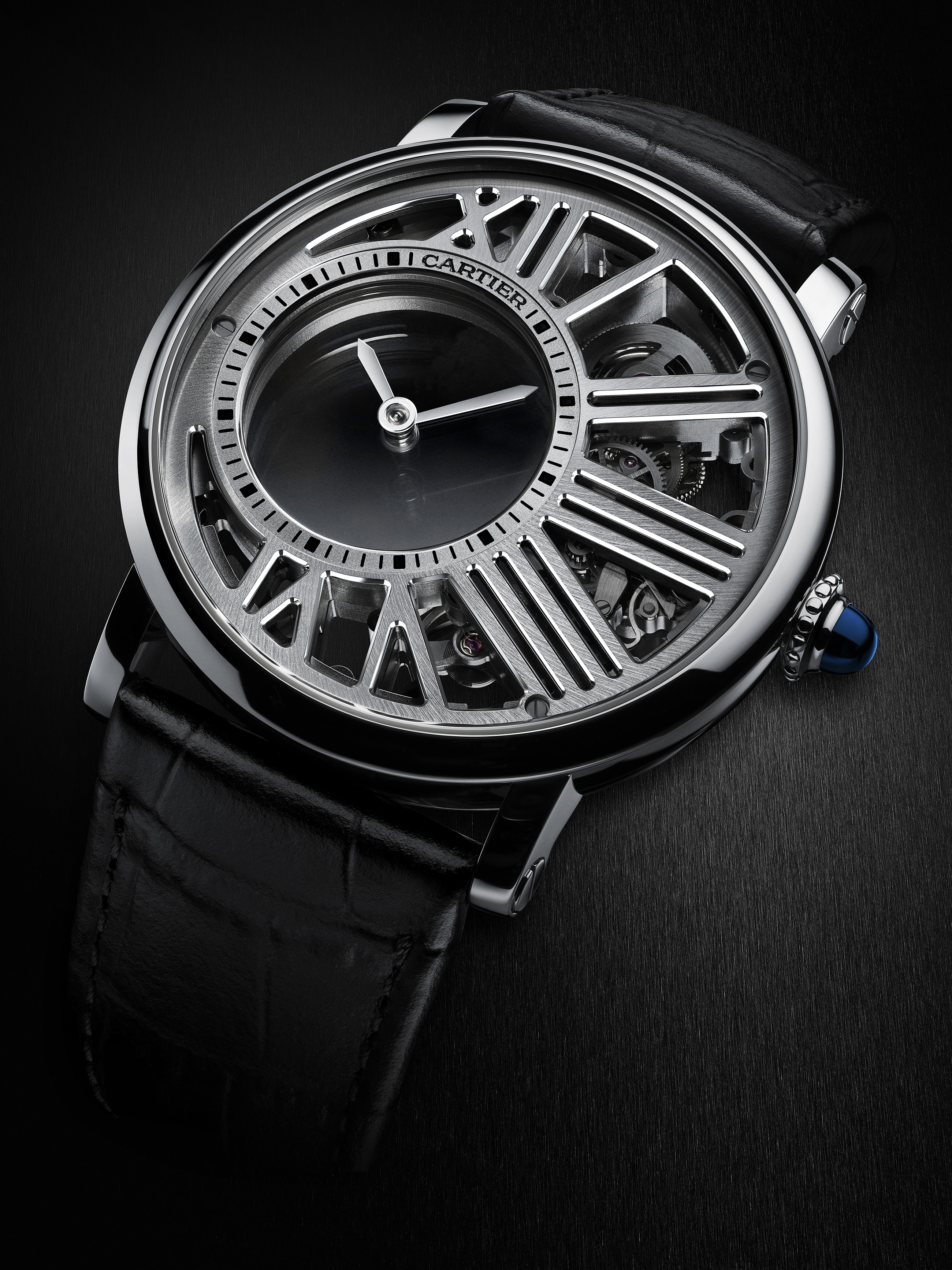 P:Prensa 2017PRESS RELEASES 201703_CARTIER_EXCEPTIONAL_WATCHES_SIHH2017IMAGESHIGH RES07C_Mysterious_ Hour_watch_WHRO0014 copy