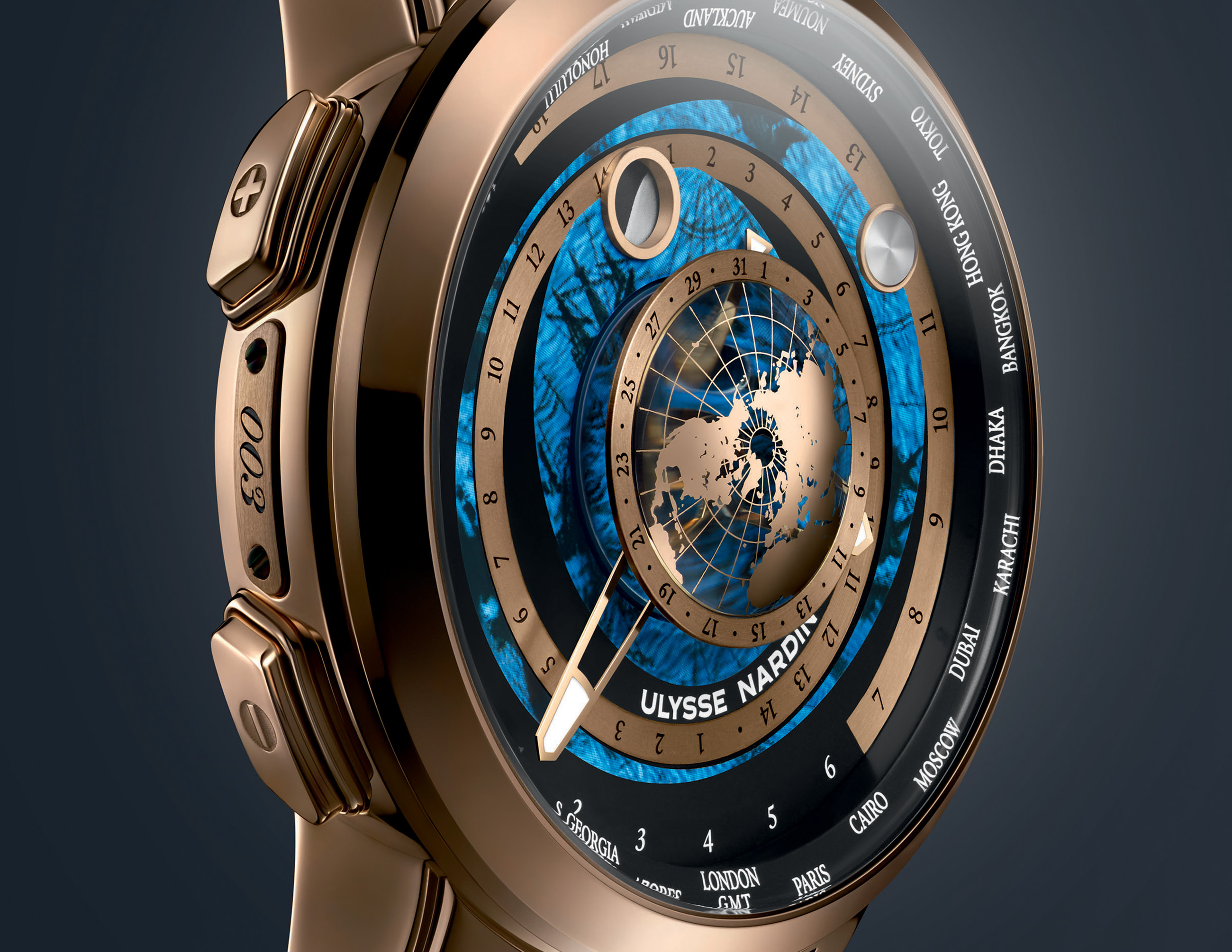 1062-113_01_Executive_MoonstruckWorldtimer copy