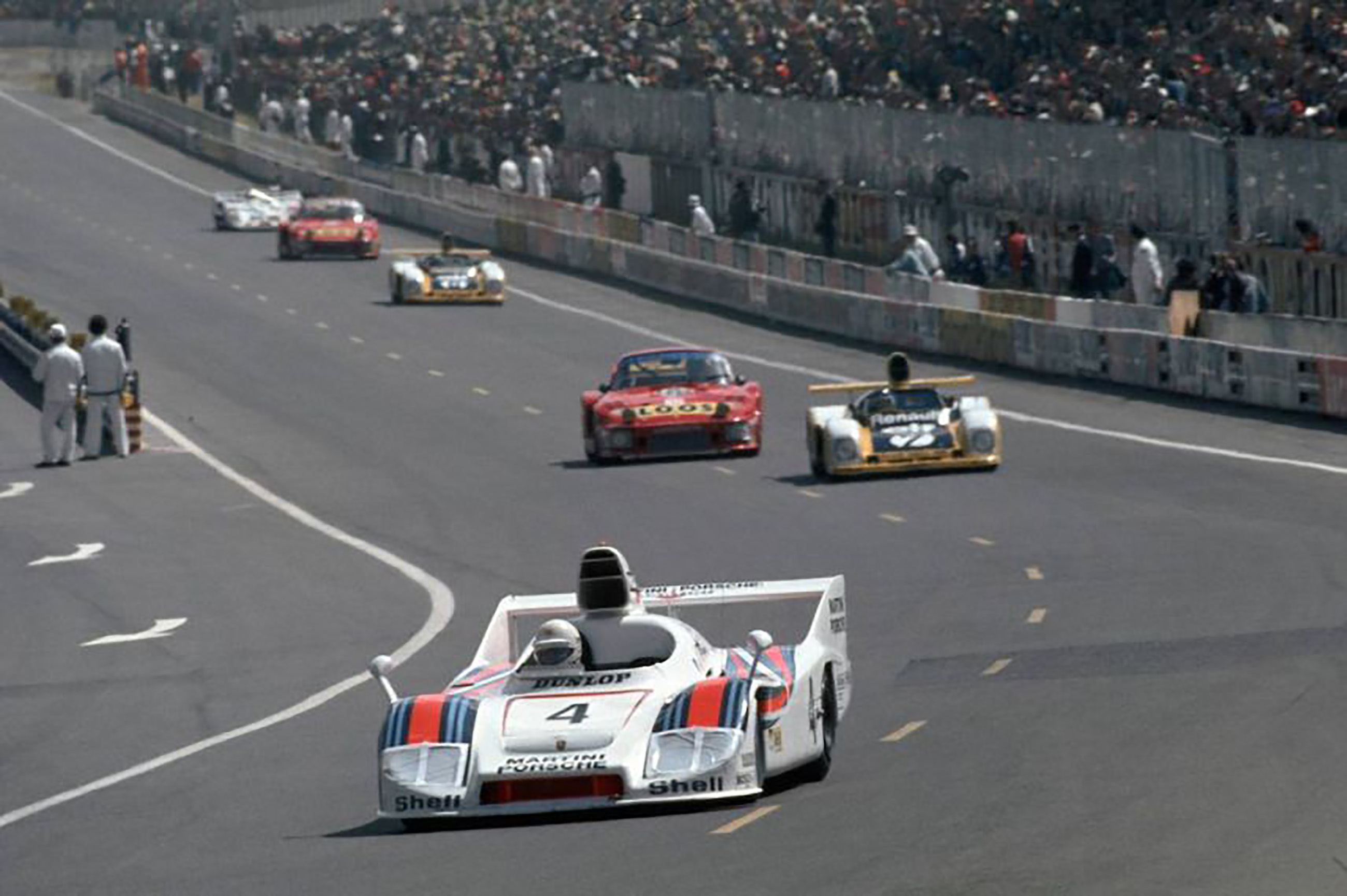 1977-LeMans-HurleyHaywood copy.jpg