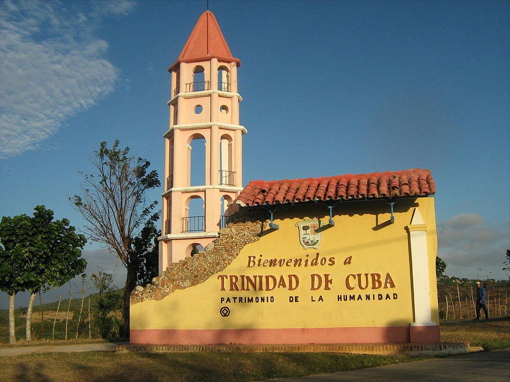 1024px-Entrada_a_Trinidad_de_Cuba