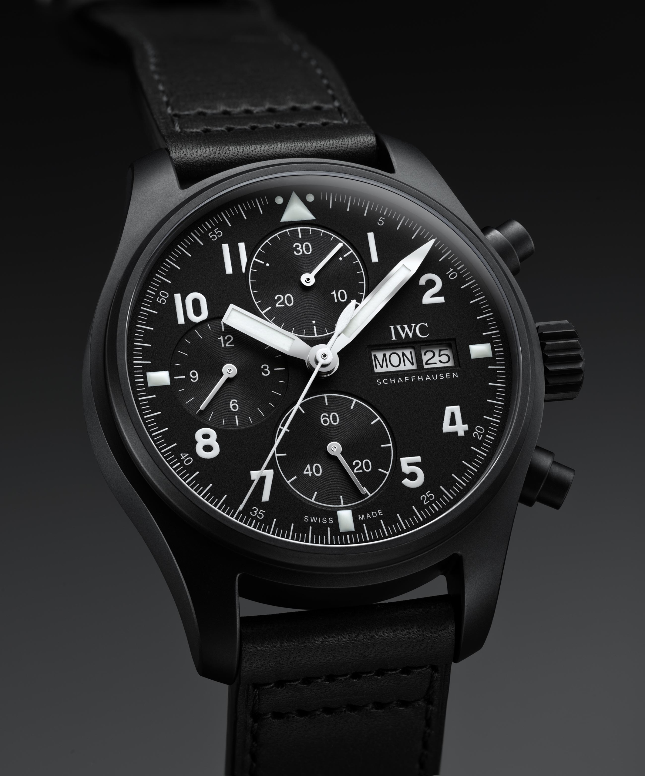 IWC Pilot Tribute 3705